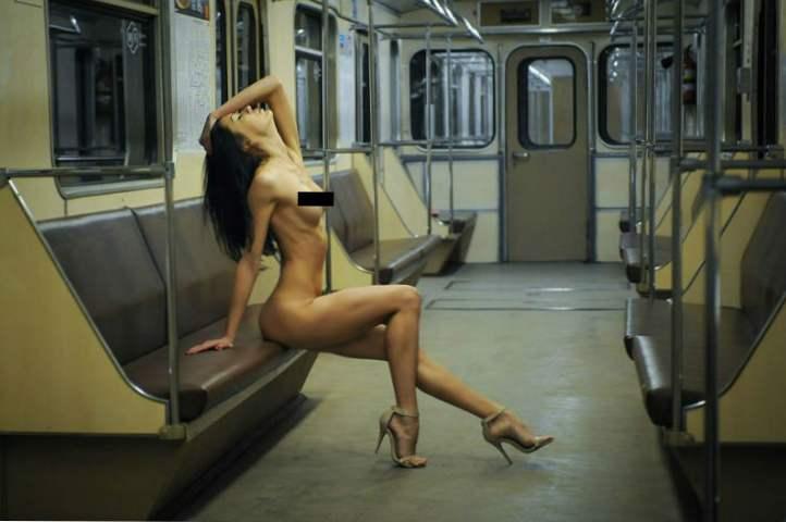 modely nahých aut lesbické přátele s výhodami porno
