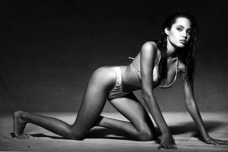 topless mladih modela analni po velikom penisu